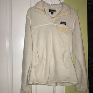 White/cream Patagonia. Snap-T fleece pull over